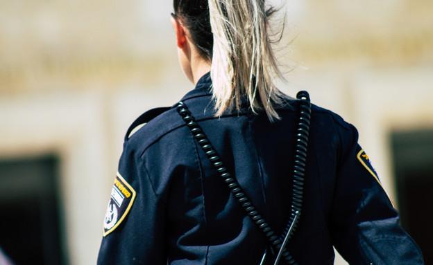 שוטרת  (צילום:  Jose HERNANDEZ Camera 51 | shutterstock)