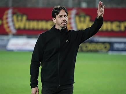 מאמן חדש בכתום (דני מרון) (צילום: ספורט 5)