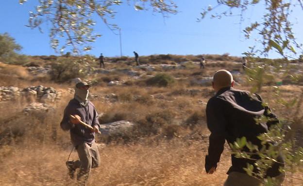 אוהד חמו נקלע לעימות בין ישראלים לפלסטינים (צילום: החדשות 12)