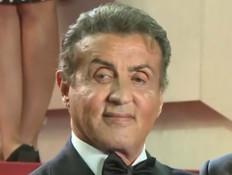 בגיל 74: סילבסטר סטאלון ממשיך לעשות פעלולים (צילום: מתוך