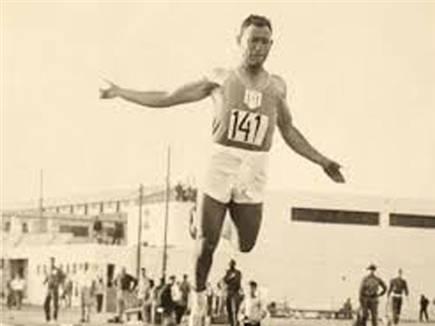 יהי זכרו ברוך. קושניר בימיו כאתלט (באדיבות איגוד האתלטיקה) (צילום: ספורט 5)