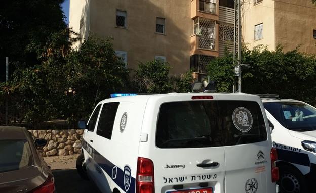 הזירה בבאר שבע (צילום: דוברות המשטרה)