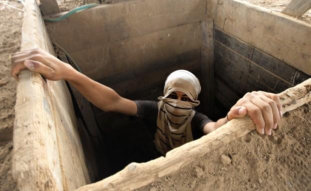 טרוריסט יוצא מפיר (צילום: SAID KHATIB/AFP, GettyImages)