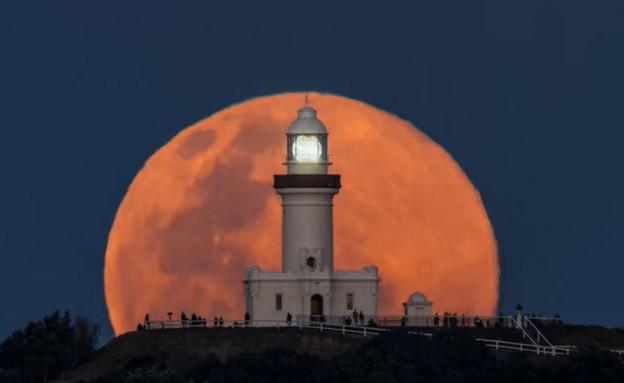 זריחת ירח (צילום: פייסבוק)