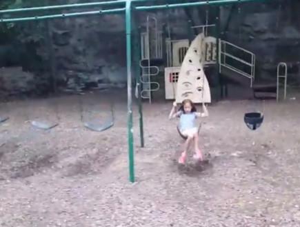 אסון בגן שעשועים (צילום: יוטיוב\Ronnie Scissom)