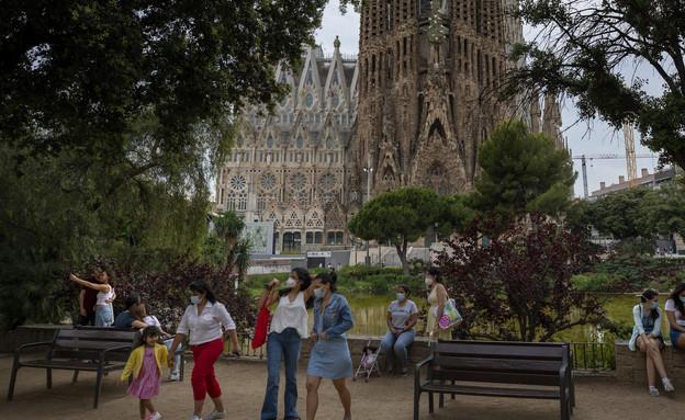 קורונה בספרד - סגרדה פמיליה בברצלונה (צילום: Emilio Morenatti, Getty Images)