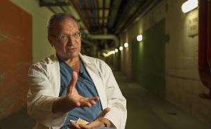 פרופסור יוסי קלאוזנר הרופא של רבין (צילום: החדשות 12)