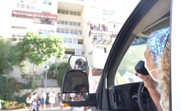 יעל דרמון - נהגת אמבולנס (צילום: החדשות 12)