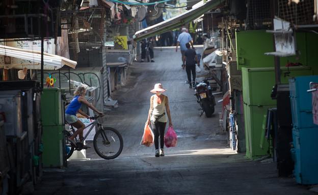 שוק הכרמל קורונה (צילום: Miriam Alster/FLASH90)