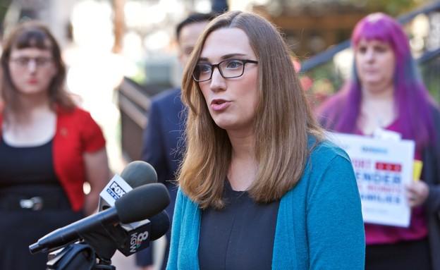 שרה מקברייד, הטרנסית הראשונה בסנאט של ארצות הברית (צילום: Craig Mitchelldyer, AP Images for Human Rights Campaign)