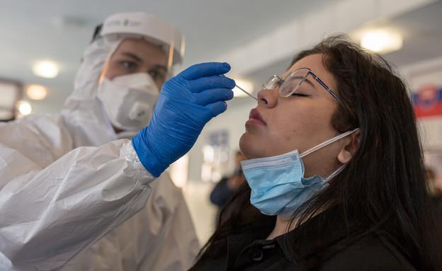 בדיקות קורונה בסלובקיה (צילום: Zuzana Gogova, getty images)