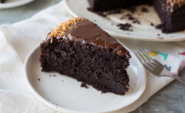 עוגת שוקולד ושמנת חמוצה (צילום: קרן אגם, אוכל טוב)