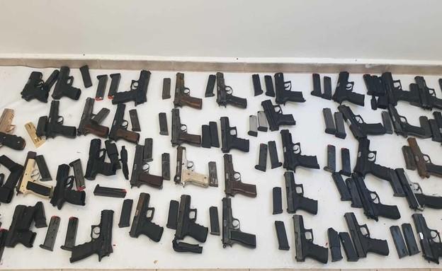 מחירון נשק 2020 (צילום: דוברות משטרת ישראל)