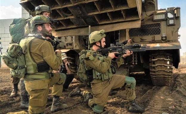 """הלוחמים בפעולה (צילום: דובר צה""""ל)"""