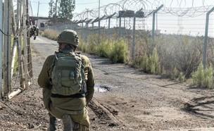 """לוחם צה''ל בגבול (צילום: דובר צה""""ל)"""