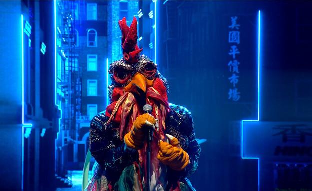 """התרנגול – """"Impossible"""" (צילום: מתוך: """"הזמר במסכה"""", קשת 12)"""