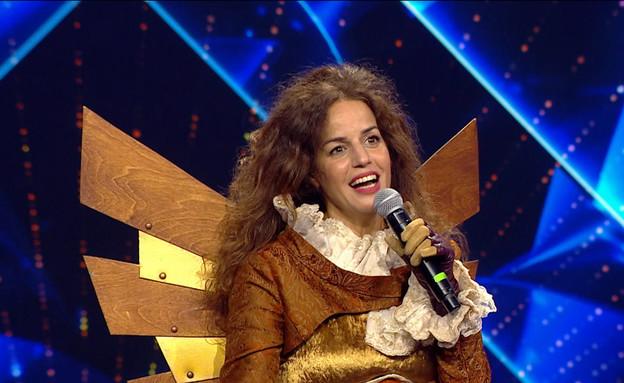 """נחשפה: זו המפורסמת בתחפושת היעל (צילום: מתוך: """"הזמר במסכה"""", קשת 12)"""