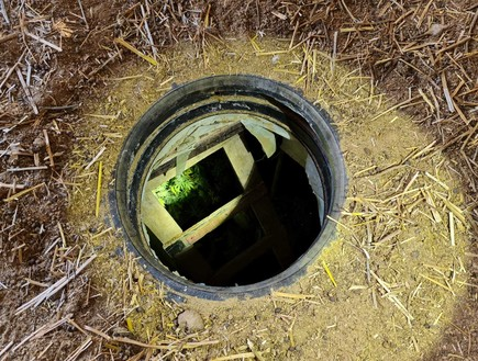 תופעה: ברוני הסמים בנגב חופרים מנהרות לפי מודלים של החמאס לגידול מריחואנה