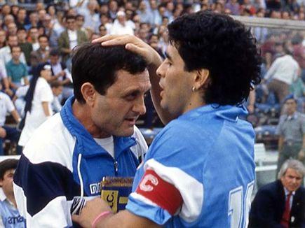 Carmando gets the traditional kiss (Getty) (Photo: Sports 5)