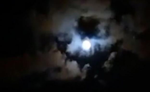 דמותו של מראדונה בשמיים (צילום: יוטיוב @YouTube TV Española 24/7)