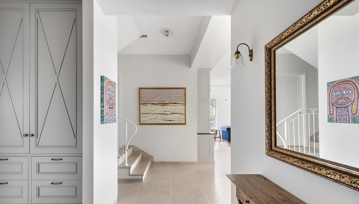 בית בשוהם, עיצוב דניאל זריהן בייצ'ר, כניסה