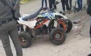 בן 8 נפגע מרכב באורח קשה בזמן שנסע על טרקרון צעצוע