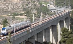 הקו המהיר בן תל אביב לירושליים (צילום: cloudview שבתאי טל, רכבת ישראל)