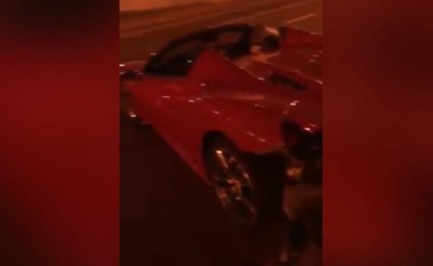 ממשיכים להשתולל: ישראלי ריסק מכונית יוקרה בדובאי  (צילום: באדיבות המצלם, mako חופש)
