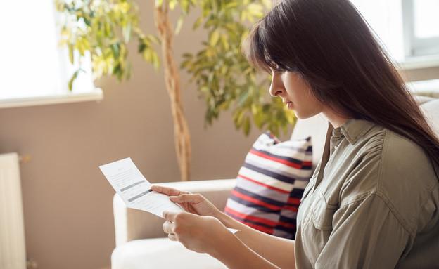 אישה, משכורת, אילוסטרציה (צילום: insta_photos, shutterstock)