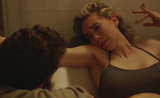 """מתוך """"קרעים של אישה"""" (צילום: Benjamin Loeb/Netflix)"""