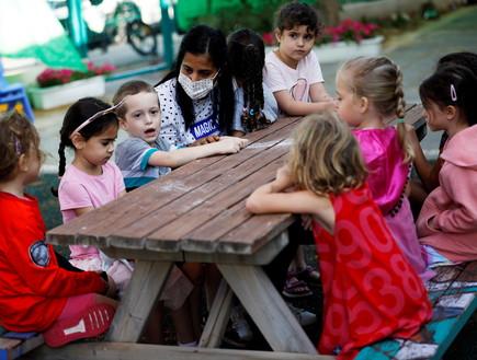 חזרה לגני הילדים (צילום: רויטרס)