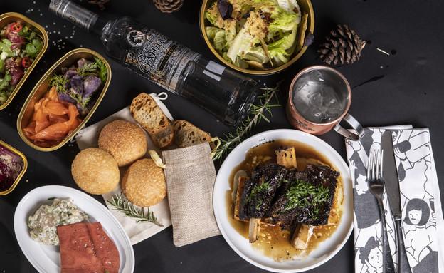ארוחת נובי גוד של אבי ביטון ורוסקי סטנדרט (צילום: איליה מלניקוב, יחסי ציבור)