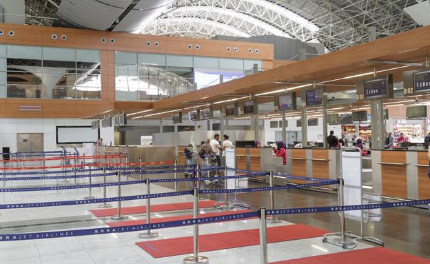 שדה התעופה אטאטורק (צילום:  Denizce, shutterstock)