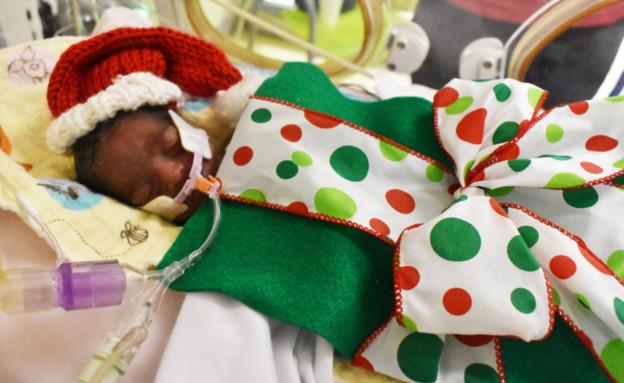 פגים עטופים כמתנה (צילום: מחלקת הילדים של המרכז הרפואי באטלנטה)