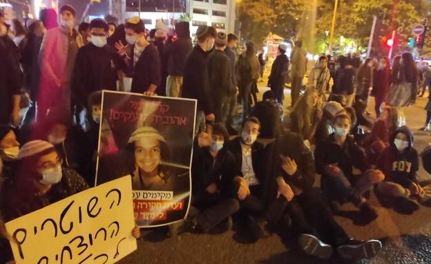 """עימותים בהפגנה בת""""א במחאה על מותו של אהוביה סנדק (צילום: ידידיה גרוסמן)"""
