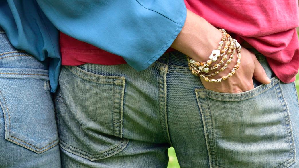 יד בכיס (צילום: shutterstock   reenseas)