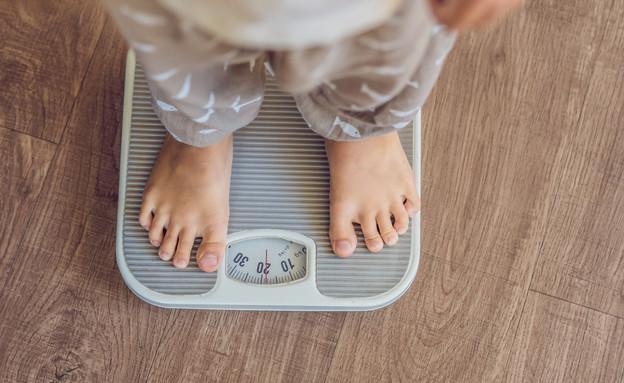 השמנת יתר אצל ילדים (צילום: Elizaveta Galitckaia, Shutterstock)