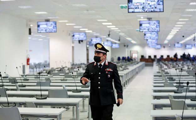 אולם המשפט המיוחד באיטליה (צילום: רויטרס)