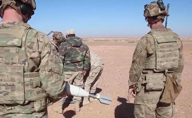 אמריקאים מאמנים חמושים בסוריה (צילום: SteeleSyAA@, Facebook)
