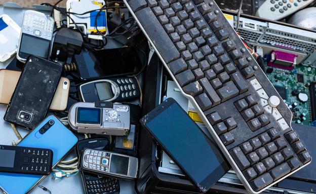 פסולת אלקטרונית (צילום: gabriel12, shutterstock)