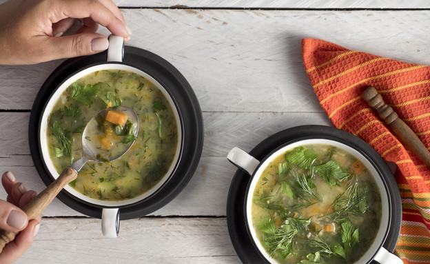 מרק ירקות עם קוואקר (צילום: סטודיו גל בן זאב)