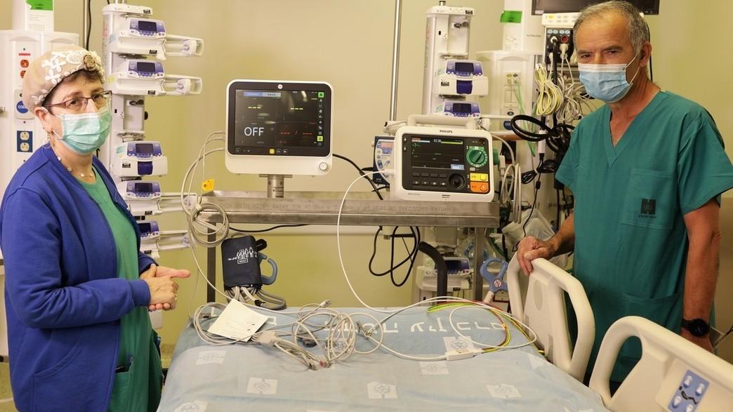 """""""זמינות מיטות טיפול נמרץ הייעודיות לחולי קורונה גדלה"""" (צילום: אלדד רפאלי)"""