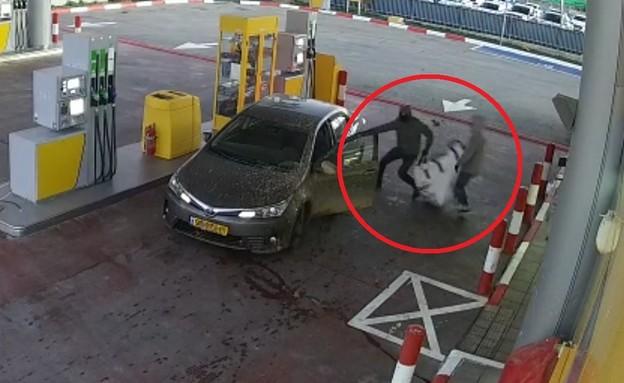 שוד תחנת דלק בבאר שבע (צילום: מצלמת אבטחה)