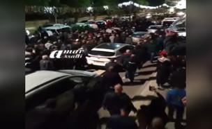 כעת ביפו: המון רב בהלווית השיח' שנרצח אתמול (צילום: amar asaadi)