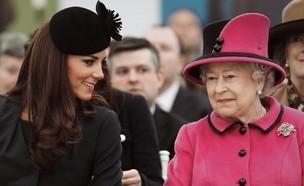 קייט מידלטון והמלכה אליזבת' (צילום: instagram)