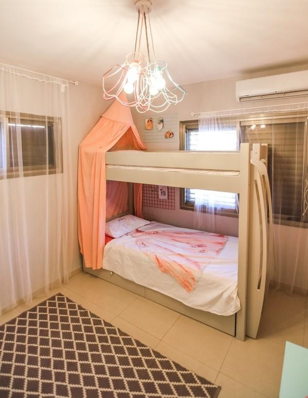 חדרי ילדים משותפים, ג, עיצוב טל מימון - 2 (צילום: שחר קלאורה)