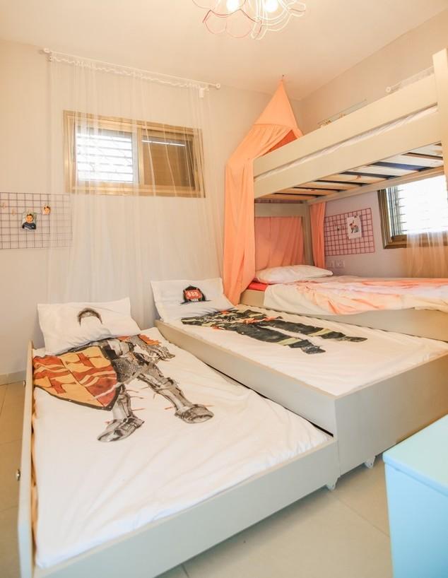חדרי ילדים משותפים, ג, עיצוב טל מימון (צילום: שחר קלאורה)