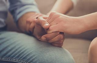 תמיכה, עזרה (צילום: VGstockstudio, Shutterstock)
