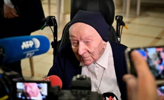 """לוסיל בת ה-117: """"לא מפחדת למות"""" (צילום: AFP)"""