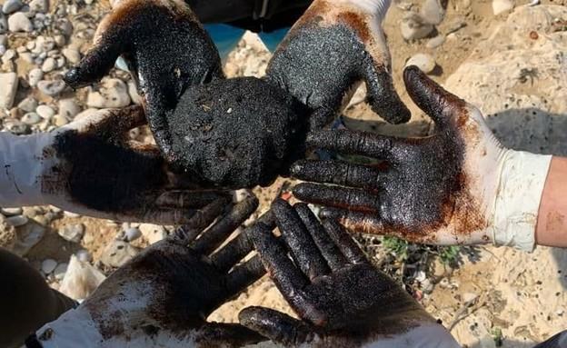 זיהום חופי ישראל (צילום: איגוד ערים שרון כרמל)